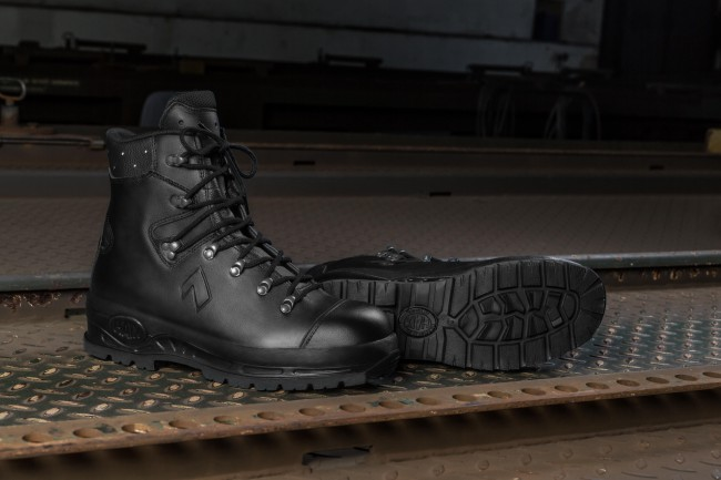 3cfddf54f9c Safety & Security Haix Trekker Pro S3 Robust warp-Resistant S3-Boot ...